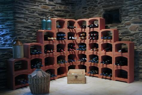 Caviroc - wijnrek in natuursteen